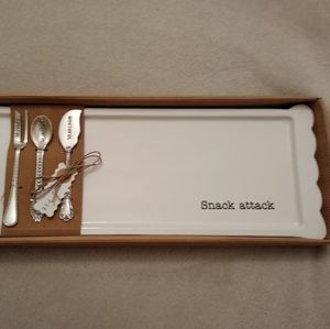 Snack Attack Serving Tray and Utensils
